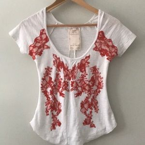 Shirt | Short Sleeve Top with Red Lace Detail